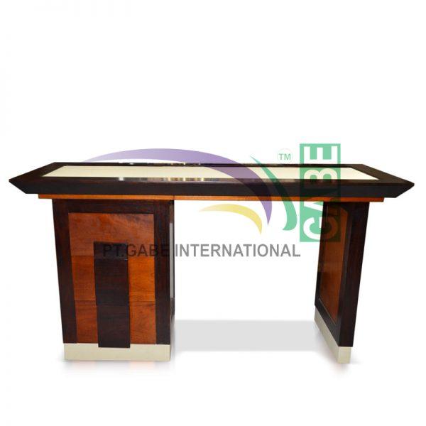 Meja Laci dan Mini Bar